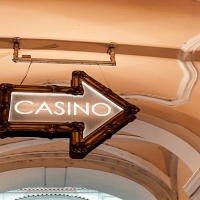 https://www.gambleonline.co/app/uploads/2021/03/casino-sign-1.png